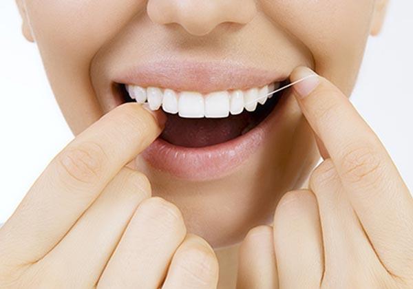 Zahnreinigung Bad Homburg | Dr. Schmid Zahnärzte